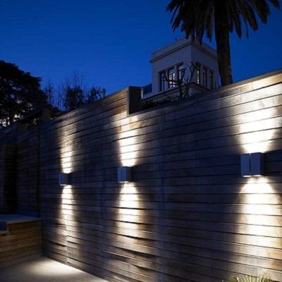 Iluminaci n exterior apliques l mparas sevilla - Iluminacion exterior ...